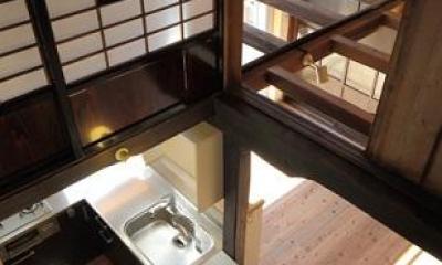 翡翠の家 (上からキッチン眺める)