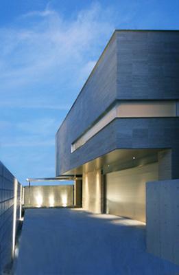 F-HOUSEの写真 インナーガレージのある外観