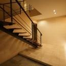 大きな階段のあるエントランス