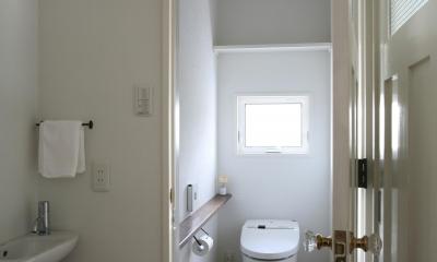 M邸 (明るくて清潔感のあるトイレ)