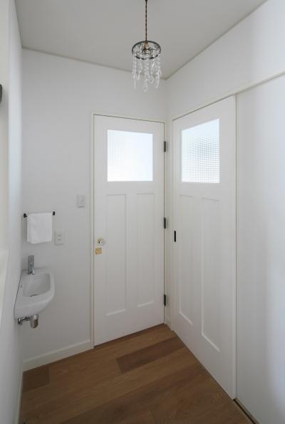 トイレ、洗面エリア (M邸)