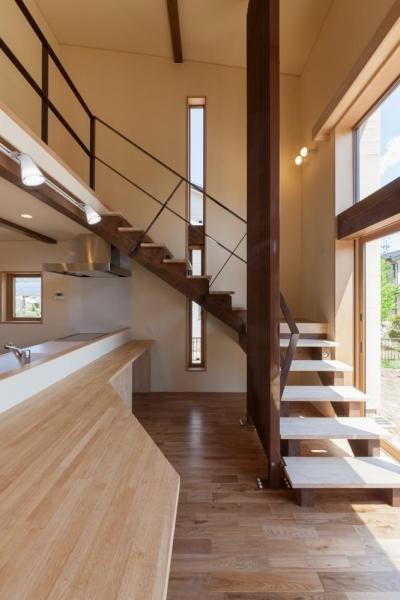 オープン型階段 (宮田の家)
